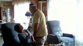 Dalila suce et se fait enculer lepervers mature first-timer sex-tape
