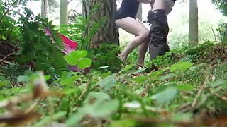 Blowjob and finger penetrate in the forest
