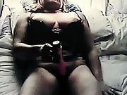 Insane mature fuckin her wet pussy